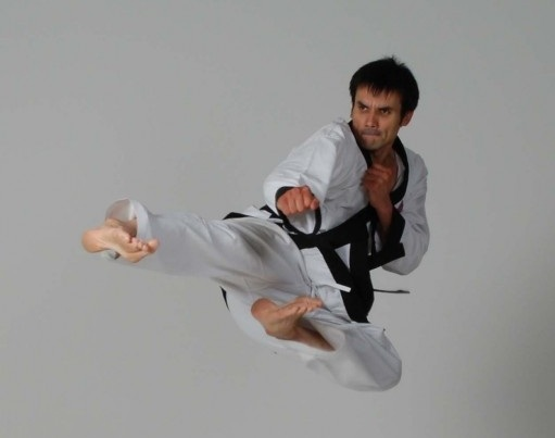Instructor Mr J Gibbs of South Woodford Tae Kwon Do club